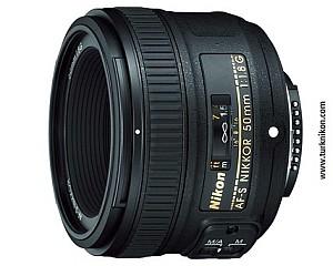 Nikon D3100 ve D5100 için Hangi 50mm f/1.8 Lens Alınmalı?