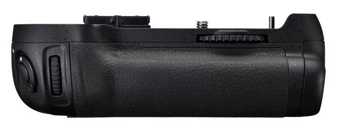 Nikon D800 İçin MB-D12 Battery Grip – Çoklu Pil Yuvası