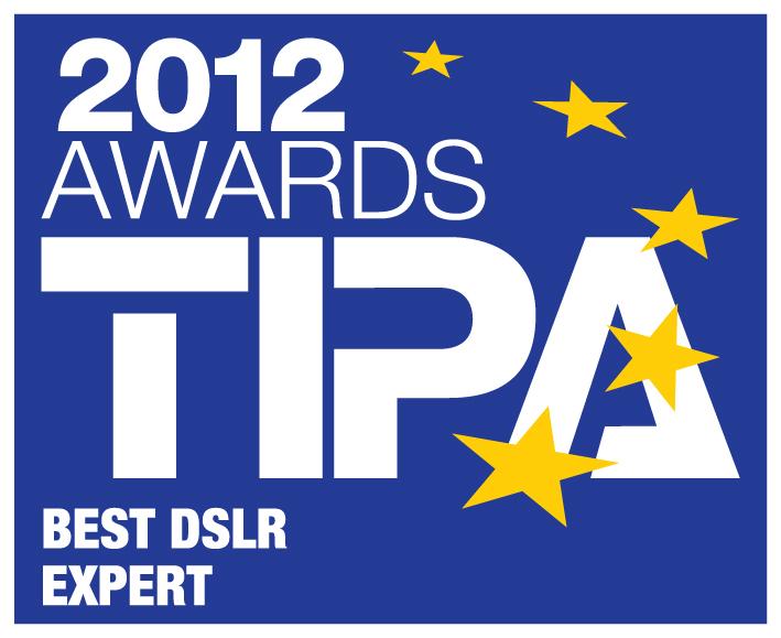 """Nikon, 3 Ürünle """"TIPA AWARDS 2012"""" Ödülünü Kazandı"""