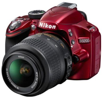 Nikon D3200 En İyi 10 Kamera İçinde