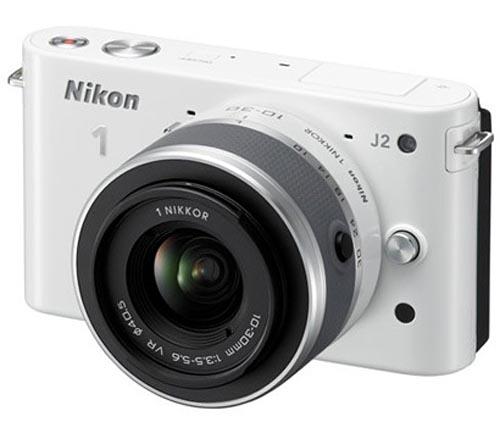 Nikon 1 J2 Aynasız Kamera ve Nikkor 11-27.5mm f/3.5-5.6 Lens Görüntüleri İnternete Sızdı