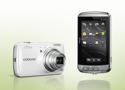 Android Nikon Coolpix S800c'nin İlk Görüntüleri