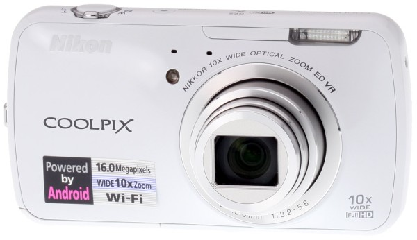 Nikon Coolpix S800c ile Anında Sosyal Ağlara Bağlanın