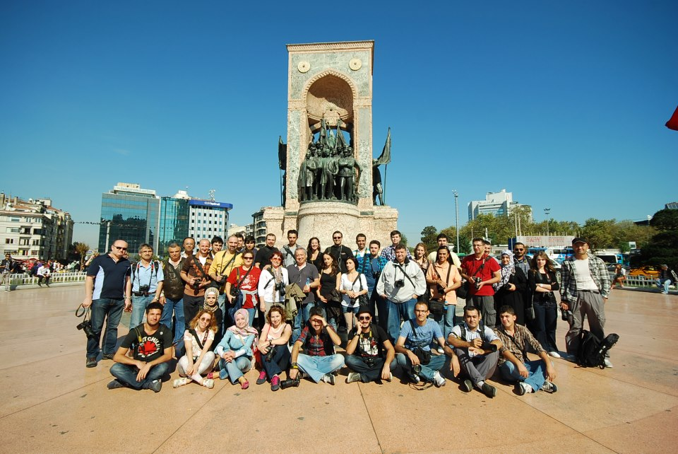 Türk Nikon ve GFK ile İstanbul Fotoğraf Yürüyüşü 2012 Tamamlandı [WorldWide PhotoWalk 2012]