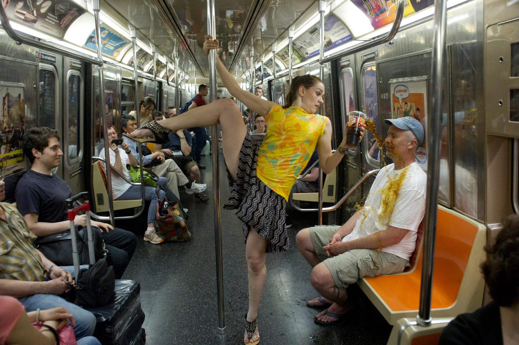 Рассказы в автобусе секс, Случайный секс в автобусе Похожие Истории 25 фотография