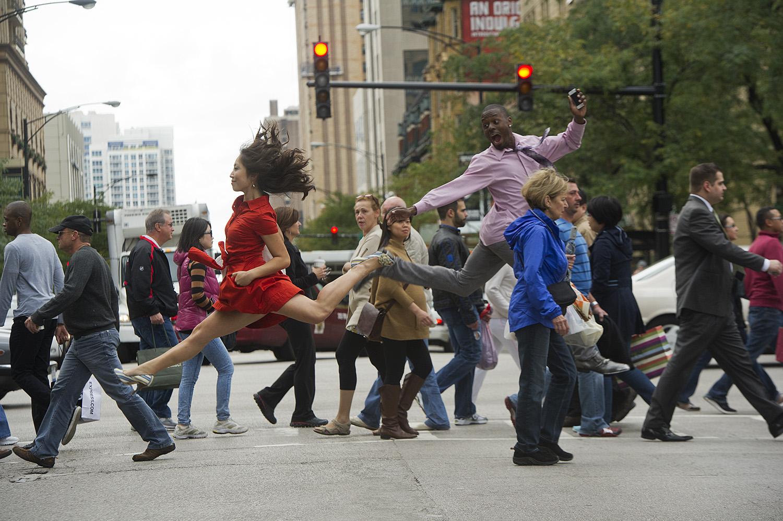 Dansçılar Aramızda [Dancers Among Us]