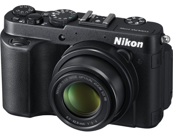 nikon-coolpix-P7700-compact-camera