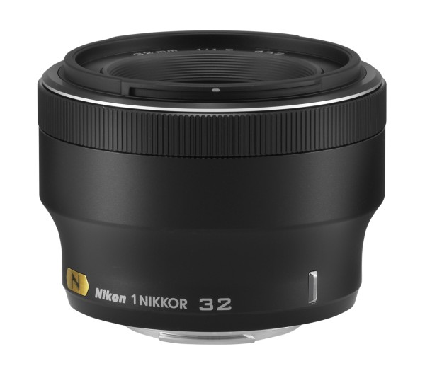 1-NIKKOR-32mm-f1.2-mirrorless-lens