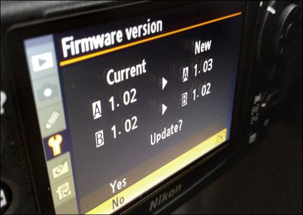 Nikon D700, D300, D300S ve P7700 için Yeni Firmware Güncellemesi Duyuruldu