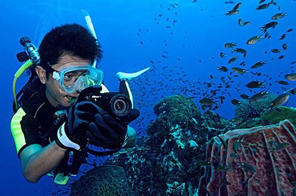 Nikon 1 AW1 Tanıtım Videoları