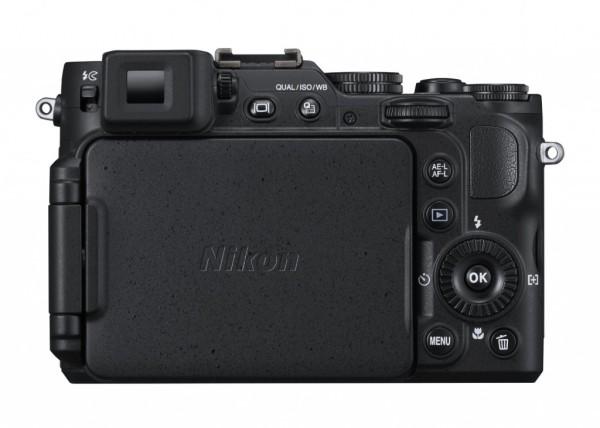 Nikon-COOLPIX-P7800-021