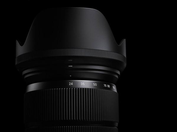 Sigma-24-105mm-f4-DG-OS-HSM-lens-01