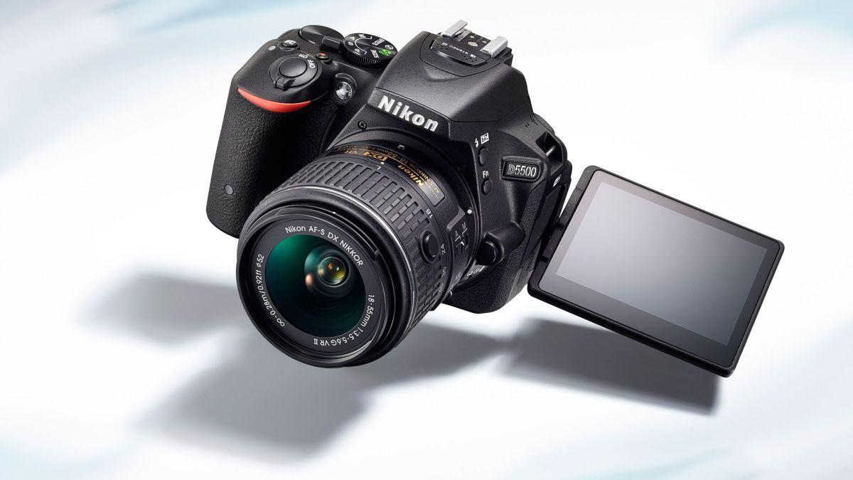 Nikon D5300 ve D5500 Yazılım Güncellemesi Versiyon 1.01 Duyuruldu