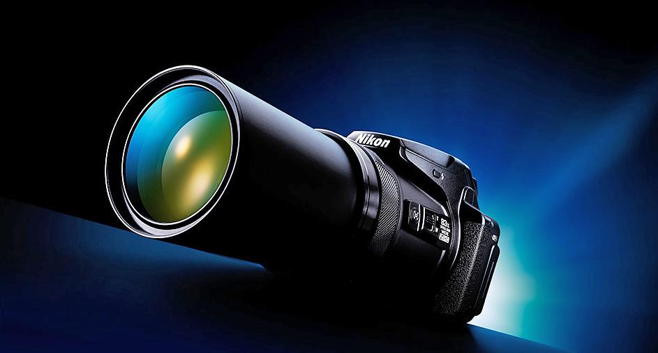 Nikon Coolpix P900 Yenilemesi 100x Zoom Lens ile Gelebilir