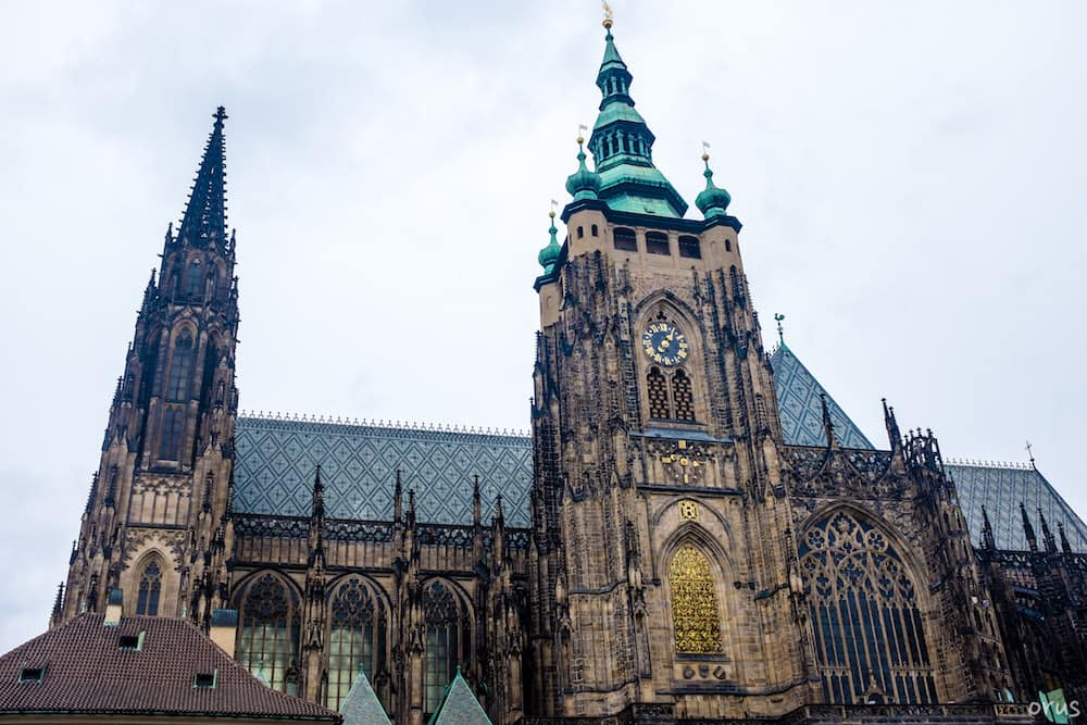 Aziz Vitus (St. Vitus) Katedrali