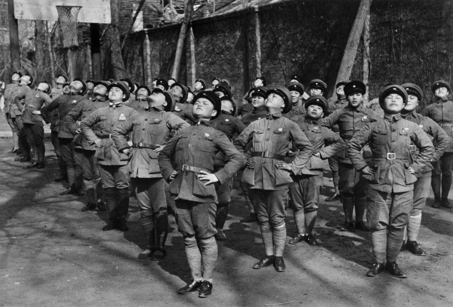Sino-Japon Savaşı'nda asker olarak eğitilen kadınlar